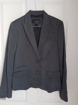 Klassischer Blazer von Mango Suit
