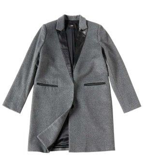 Klassischer Designer-Wollmantel mit Leder-Applikationen grau