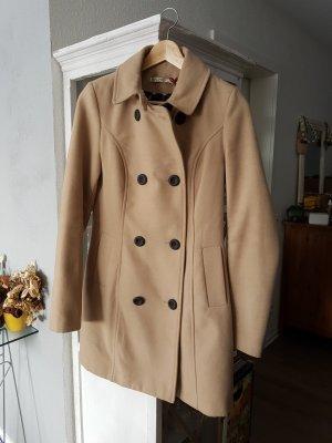 Klassischer Mantel in Beige
