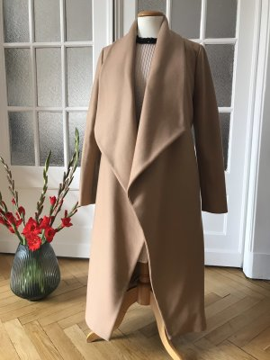 Klassischer Mantel von Hallhuber Donna