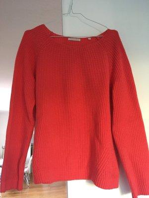 Klassischer Pullover in einem rot-orange, Christian Berg