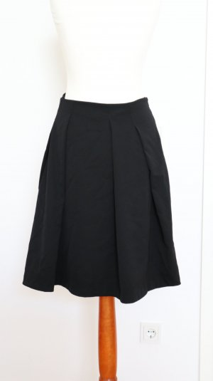 Burberry Wool Skirt black