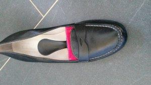 klassischer Schuh, kein Ballerina, auch kein Pumps. .Größe 39