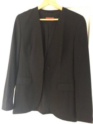 Klassischer schwarzer Blazer von Hugo Boss, Gr. 36