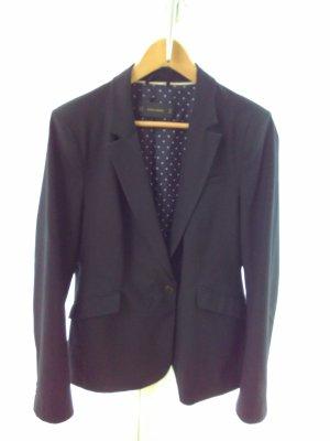 Klassischer schwarzer Blazer von Zara Basic