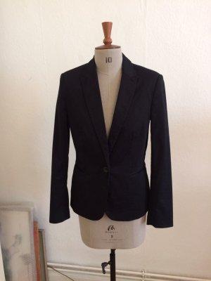 klassischer schwarzer Blazer von Zara Größe 36