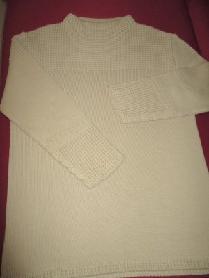 Grof gebreide trui beige