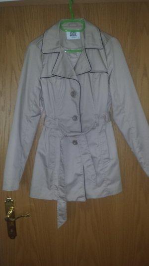Klassischer Trenchcoat