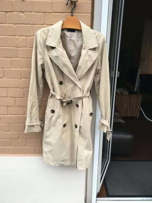 Klassischer Trenchcoat Mantel beige benetton braun brit chic Business Übergang Trench