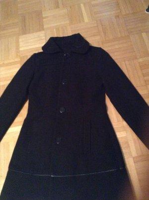 klassischer Winter-Mantel (sehr guter Zustand nur 4 mal getragen)
