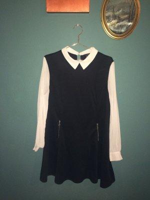 Klassisches Kleid mit Kragen