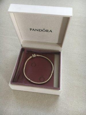Klassisches Pandora Armband silber