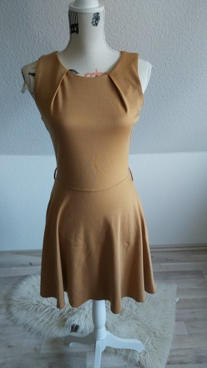 Ann Christine House-Frock sand brown