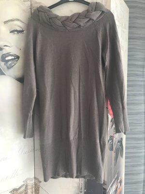 Robe en maille tricotées gris brun