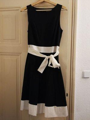 Kleid 1-2-3 schwarz mit Band