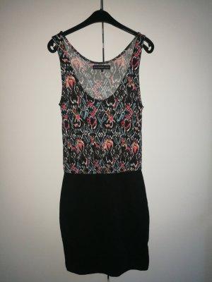 Kleid, 1-Teiler, figurbetont und mit gemustertem Oberteil