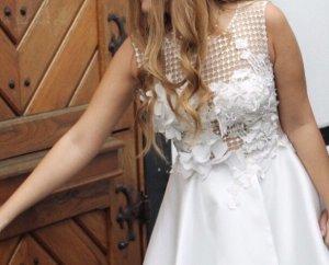 vestido de globo blanco-color oro