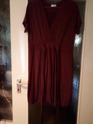 Kleid 42-44 nie getragen