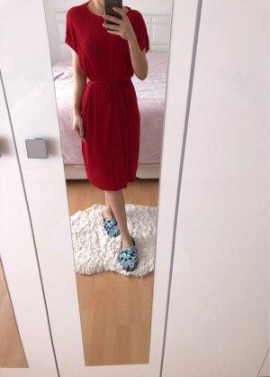 Zara Vestido rojo oscuro