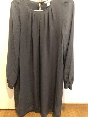 H&M Robe chiffon gris