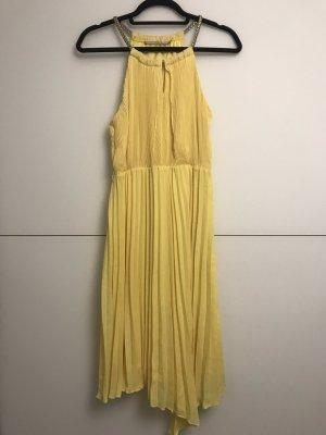 3 Suisses Vestido a media pierna amarillo
