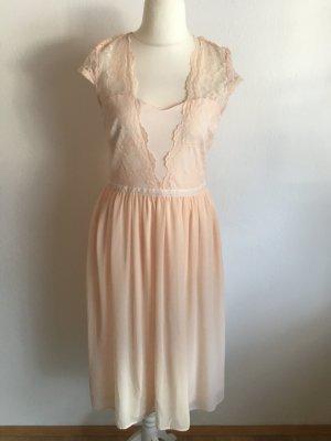 Kleid Abendkleid nude rose sexy mit Spitze Gr. 40 von ASOS