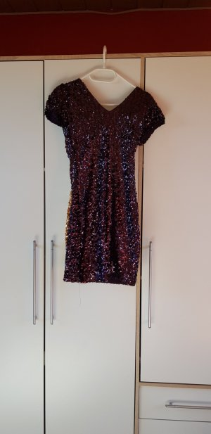 Vestido de lentejuelas lila