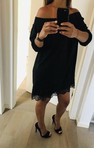 Kleid Asos Carmen