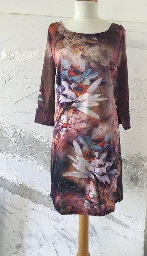 Kleid aus 100% Viskose - NEU- Größe M