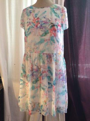 Kleid aus floral in Sorbet Farben bedruckten Chiffon leger geschnitten