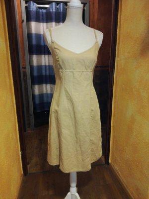 Kleid aus Leinen, Leinenkleid, Sommerkleid