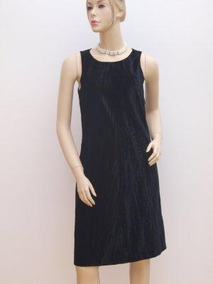 Kleid aus schwarzem Samt, neuwertig