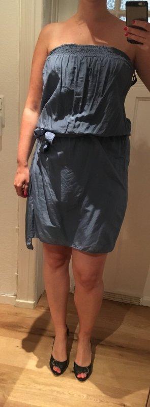 Kleid aus Seide von The Hackbarth's
