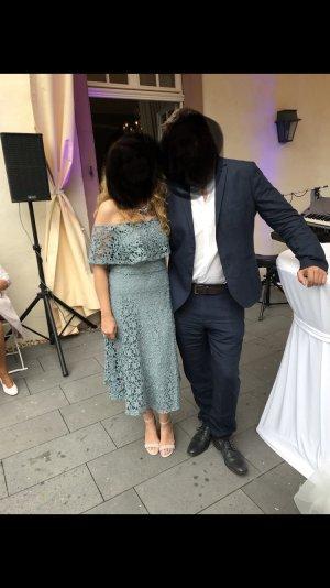 Kleid aus Spitze