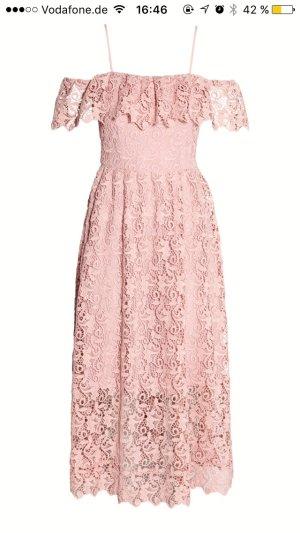 Kleid aus Spitze altrosa