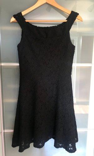 Kleid aus Spitze von Superdry