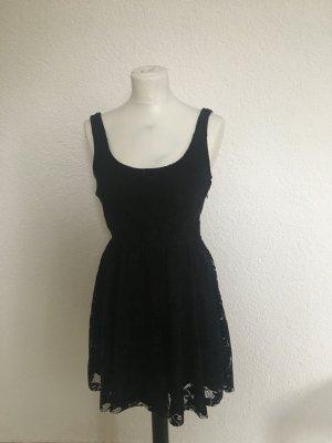 Kleid aus Zara Größe M