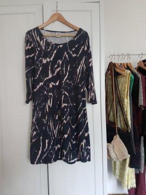 Kleid, Batik Look