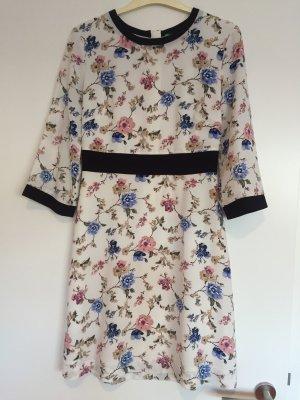 Kleid benetton Größe 34 weiß mit Blumenprint