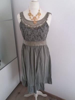 Kleid Blogger Spitze kaki grün 34 36 XS S
