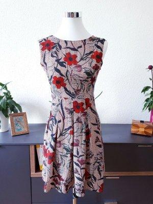 Kleid Blumen Mohnblumen