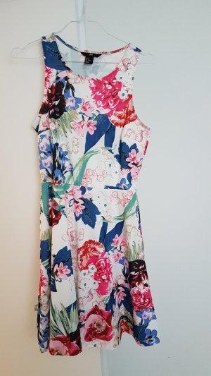 Kleid, Blumenkleid