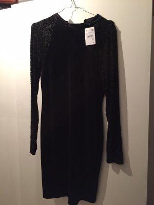 Kleid C&A schwarz, samt, gr. 38 neu