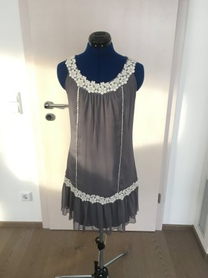 Zero Chiffon jurk grijs-wit
