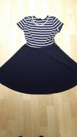 Kleid dunkelblau - weiß mit Streifen