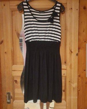 Bodyflirt Stretch Dress white-black