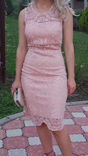 Kleid . Elegant und sexy ..