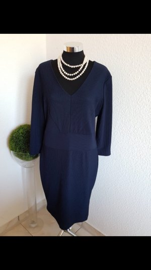Kleid Esprit Neu Größe  L mit strechanteil und V-Hals 3/4 Ärmel