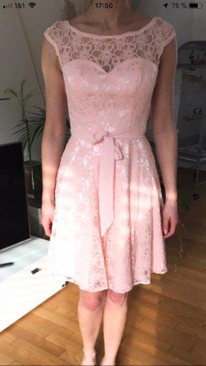 Robe mi-longue rose clair