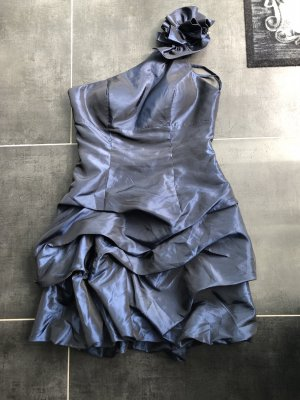 Kleid (festlich)